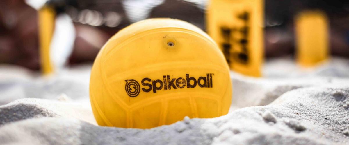 Grabbelpas: Spikeball initiatie